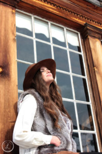 portrait photography, womens portrait, ghost town photography, bannack portrait, cowgirl